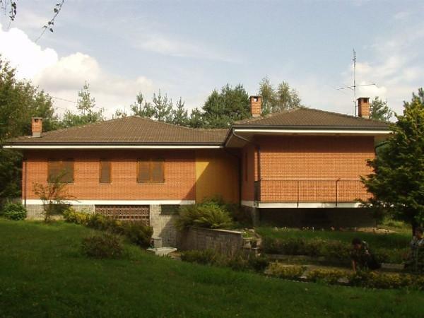 Villa in vendita a Alice Superiore, 6 locali, prezzo € 289.000 | Cambio Casa.it