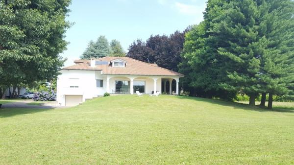 Villa in vendita a Cermenate, 6 locali, prezzo € 790.000 | Cambio Casa.it