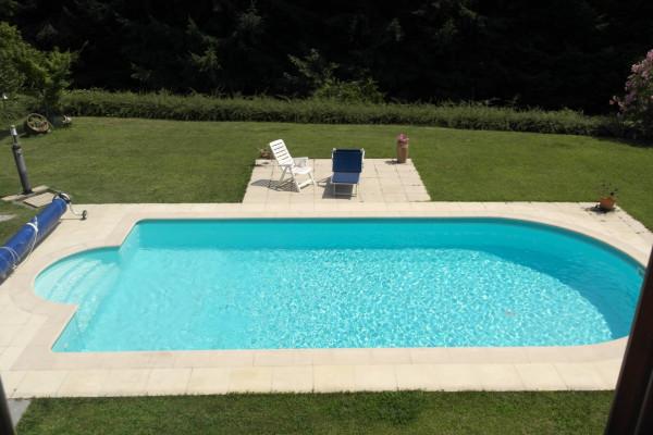 Villa in vendita a Bardello, 9999 locali, prezzo € 430.000 | Cambio Casa.it