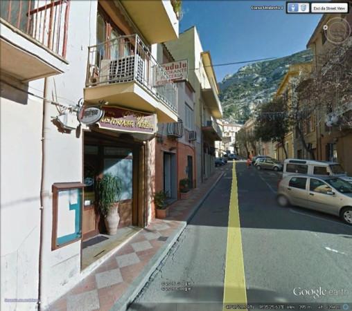 Negozio / Locale in vendita a Dorgali, 3 locali, prezzo € 300.000 | Cambio Casa.it