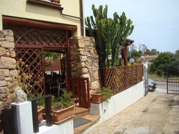 Villa in vendita a Dorgali, 5 locali, prezzo € 280.000 | Cambio Casa.it