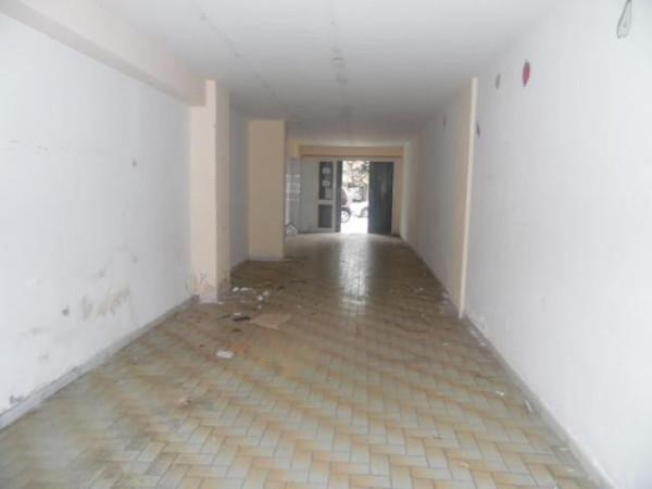 Magazzino in affitto a Aversa, 1 locali, prezzo € 700 | Cambio Casa.it
