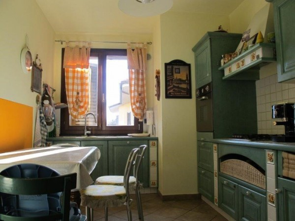 Appartamento in Affitto a Pistoia Periferia Est: 4 locali, 83 mq
