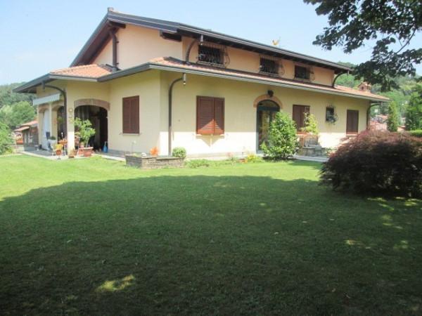 Villa in vendita a Villa Guardia, 6 locali, Trattative riservate | Cambio Casa.it