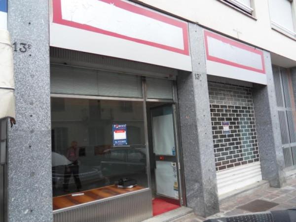 Negozio / Locale in affitto a Biella, 3 locali, prezzo € 550 | Cambio Casa.it