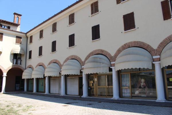 Attività / Licenza in vendita a Mazzano, 9999 locali, prezzo € 45.000 | Cambio Casa.it