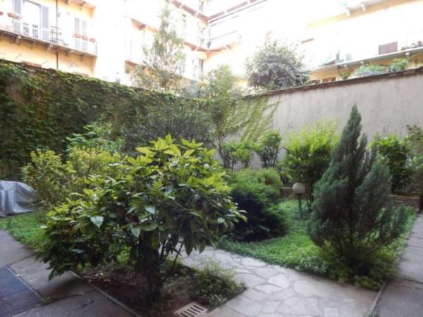 Bilocale Torino Via Vincenzo Gioberti 10