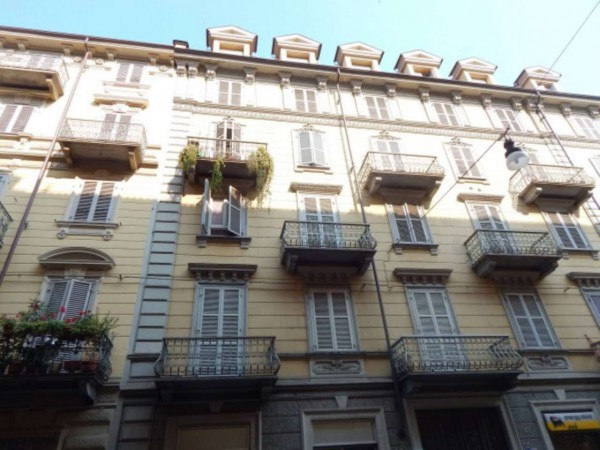 Bilocale Torino Via Vincenzo Gioberti 12