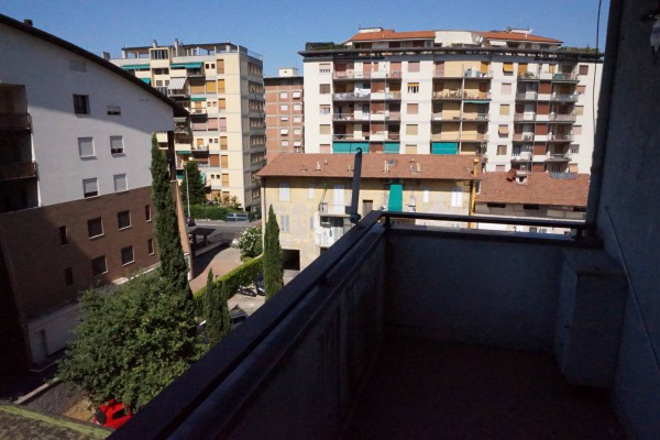 Bilocale Firenze Via Di Novoli 3