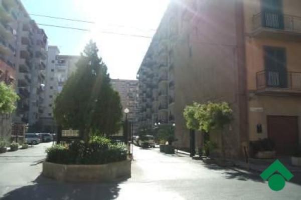 Bilocale Palermo Via Mariano Campo, 32 1