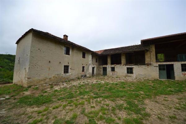 Rustico in Vendita a Murazzano Periferia: 5 locali, 600 mq