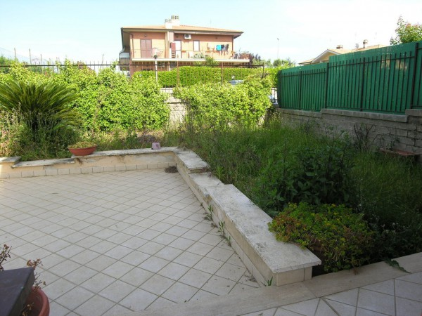 Bilocale Lanuvio Via Enrico Mattei, 5 6