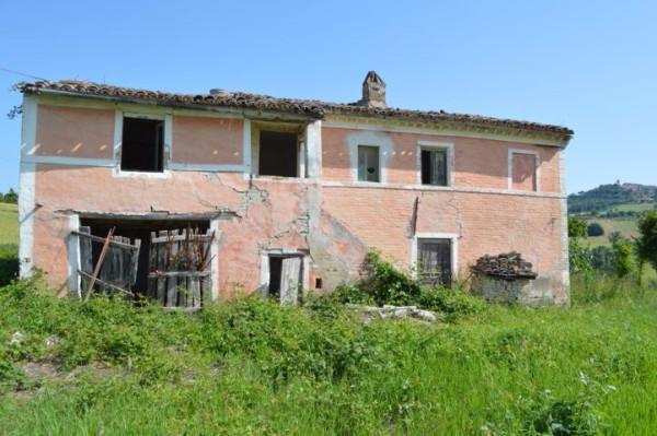 Rustico / Casale in vendita a Montecosaro, 9999 locali, prezzo € 150.000 | CambioCasa.it