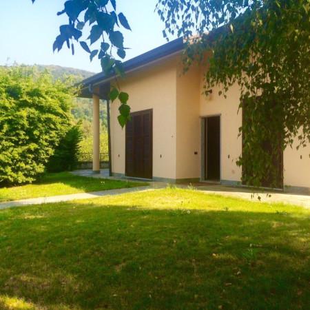 Villa in vendita a Tavernerio, 6 locali, prezzo € 750.000 | Cambio Casa.it