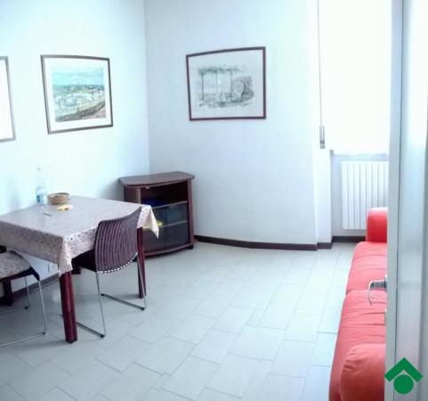 Bilocale Lurago d Erba Via Colombaio, 8 7