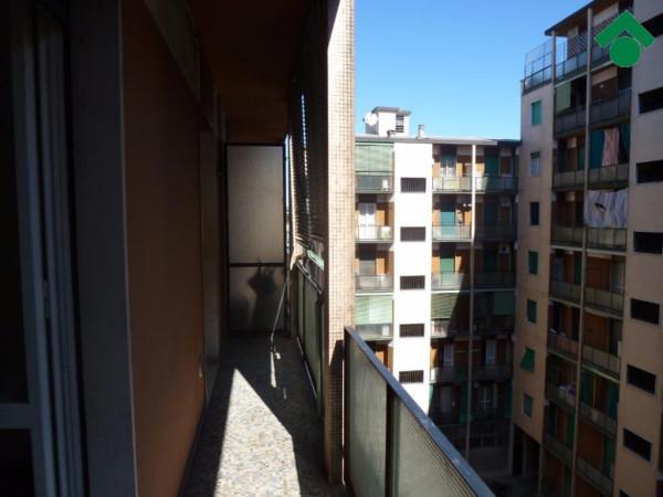Bilocale Milano Via Ferrante Aporti, 52 1