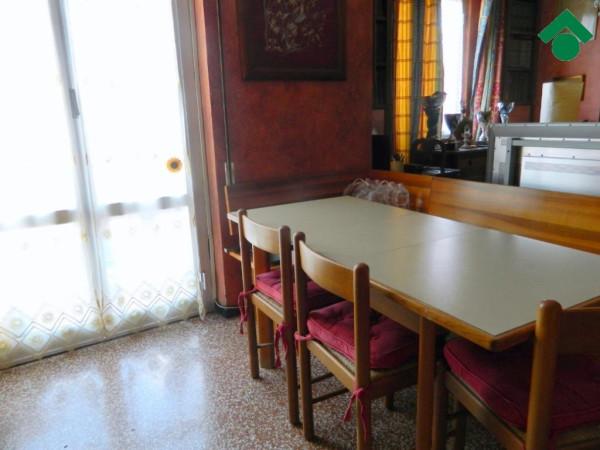 Bilocale Genova Via Geirato, 12 5