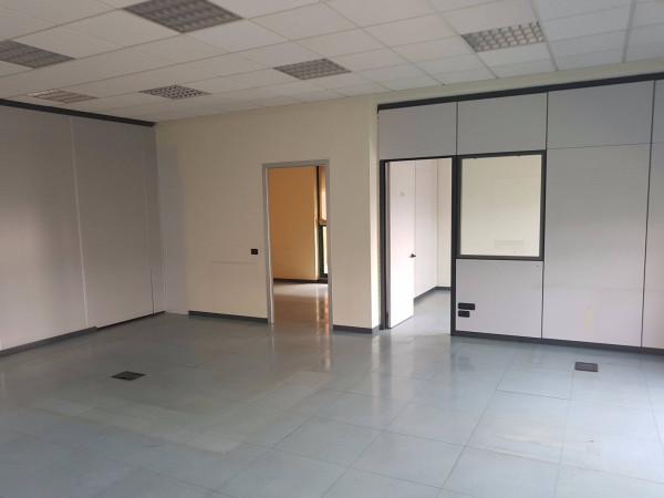 Ufficio / Studio in affitto a Settimo Milanese, 4 locali, prezzo € 1.300 | Cambio Casa.it