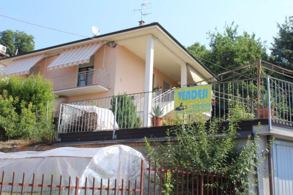 Villa in vendita a Bra, 6 locali, prezzo € 320.000 | Cambio Casa.it
