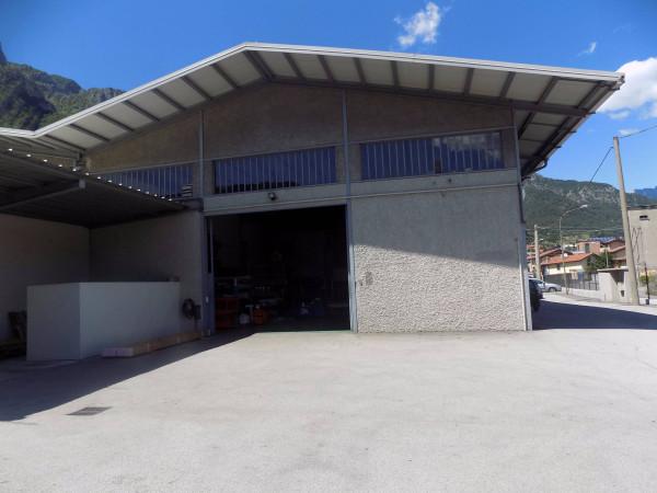 Capannone in affitto a Civate, 9999 locali, Trattative riservate | Cambio Casa.it