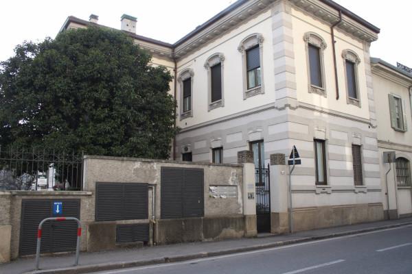 Bilocale Lecco Via Antonio Ghislanzoni 1