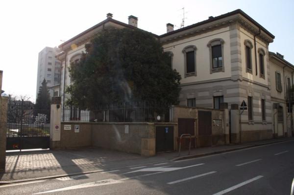 Bilocale Lecco Via Antonio Ghislanzoni 5