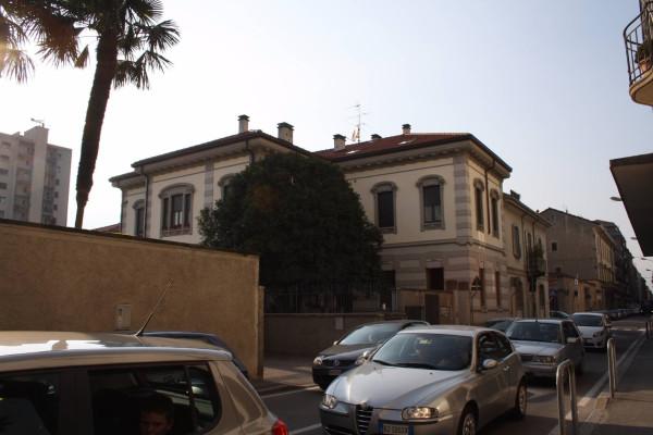 Bilocale Lecco Via Antonio Ghislanzoni 6