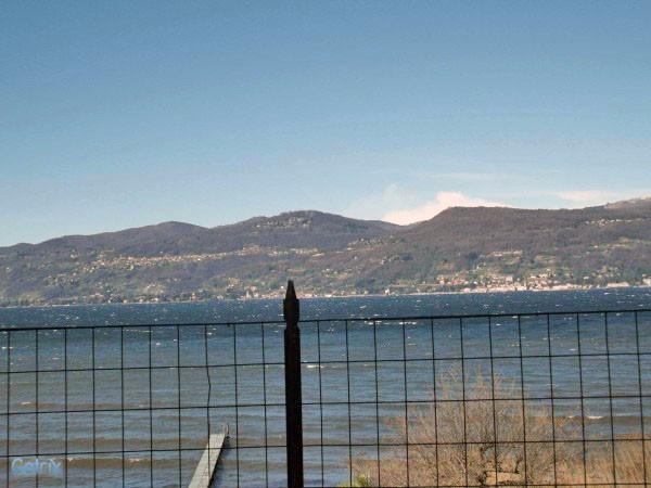 Appartamento in vendita a Ispra, 2 locali, prezzo € 149.000 | Cambio Casa.it