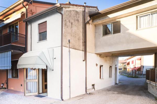 Bilocale Carmignano di Brenta Via Vegri Vecchia 13