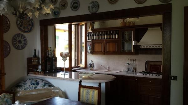 Villa in vendita a Chignolo Po, 4 locali, prezzo € 159.000 | Cambio Casa.it