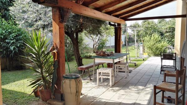 Villa in vendita a Ferno, 3 locali, prezzo € 390.000 | Cambio Casa.it