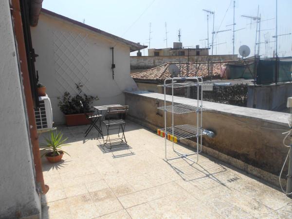 Bilocale Velletri Piazza Cairoli 2