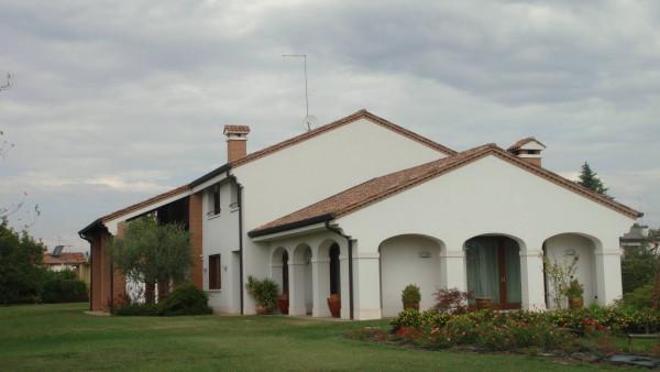 Villa in vendita a Maserada sul Piave, 6 locali, Trattative riservate | Cambio Casa.it