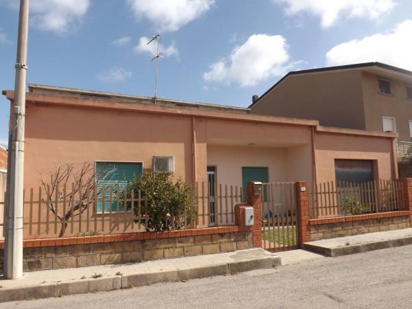 Villa in vendita a Riola Sardo, 4 locali, prezzo € 105.000 | Cambio Casa.it