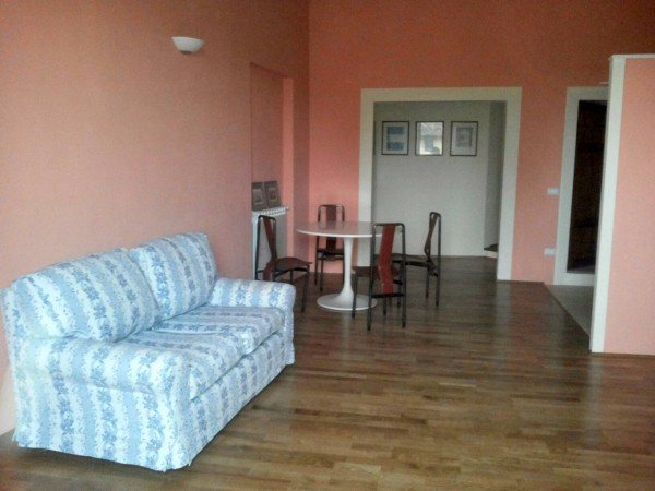 Appartamento in affitto a Pescia, 2 locali, prezzo € 370 | Cambio Casa.it