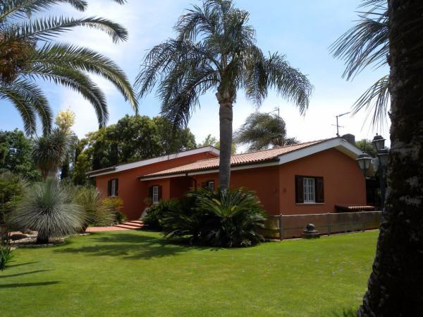 Villa in vendita a Latina, 5 locali, prezzo € 700.000 | CambioCasa.it