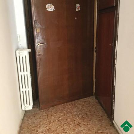 Bilocale Novara Via Perazzi 9