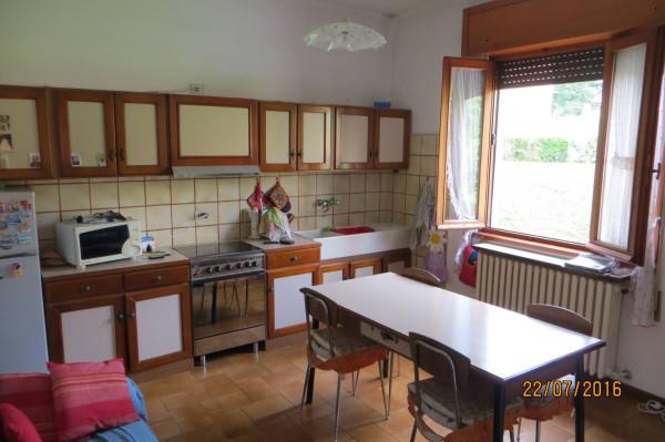 Villa in vendita a Ponteranica, 6 locali, prezzo € 280.000 | Cambio Casa.it