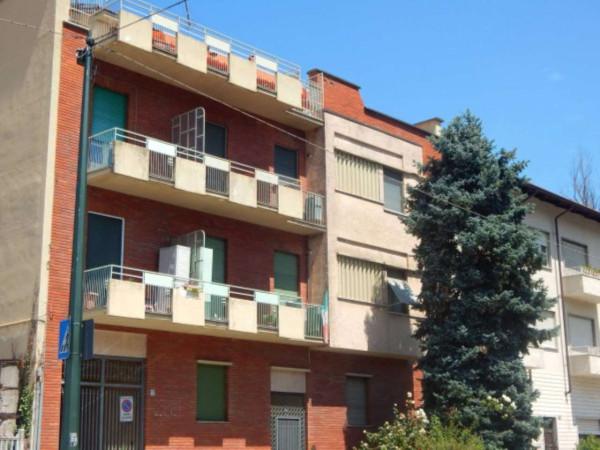 Bilocale Torino Corso Casale 8
