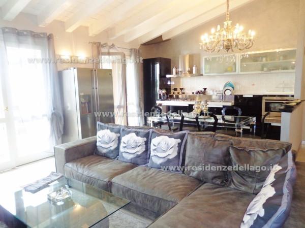 Attico / Mansarda in vendita a Padenghe sul Garda, 5 locali, prezzo € 490.000 | Cambio Casa.it