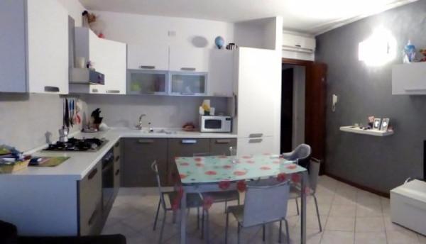 Bilocale Trescore Cremasco Via Zanini 4