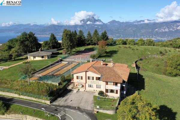 Albergo in vendita a San Zeno di Montagna, 6 locali, Trattative riservate | Cambio Casa.it