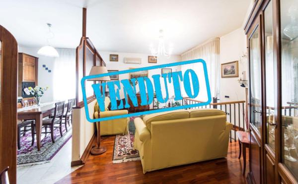 Appartamento in vendita a Civitanova Marche, 5 locali, prezzo € 240.000 | Cambio Casa.it
