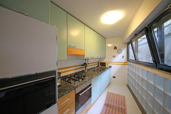 Appartamento in vendita a Salò, 3 locali, prezzo € 680.000 | Cambio Casa.it