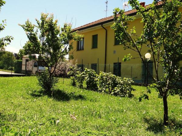 Bilocale Camparada Viale Milano 4