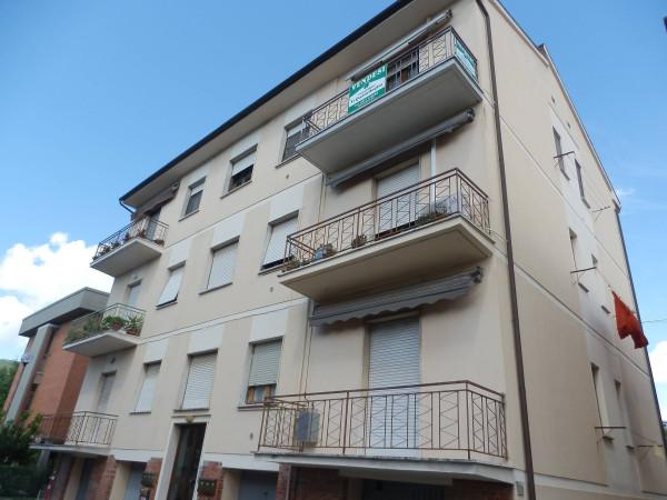 Bilocale Cascina Via Giovanni Pascoli 11