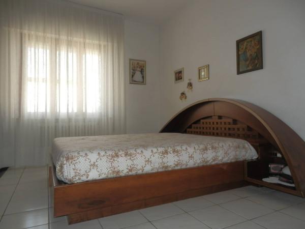 Bilocale Cascina Via Giovanni Pascoli 4