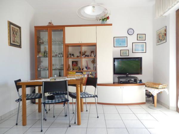 Bilocale Cascina Via Giovanni Pascoli 9