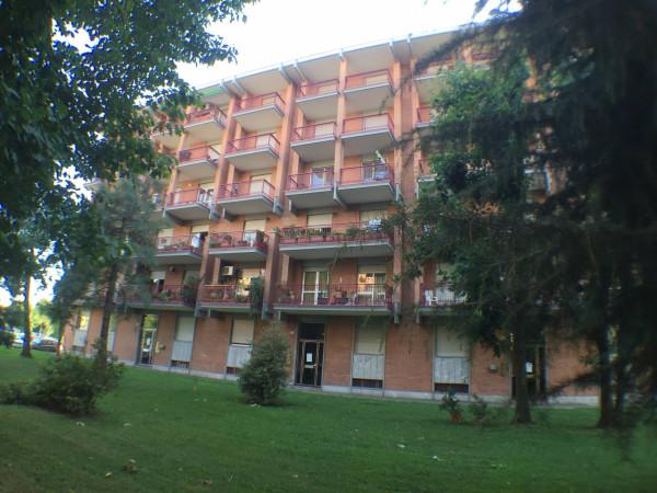 Bilocale Borgaro Torinese Via Settimo 5