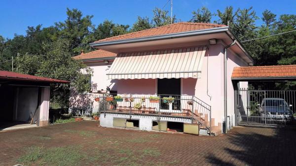 Villa in vendita a Gallarate, 4 locali, prezzo € 275.000 | Cambio Casa.it